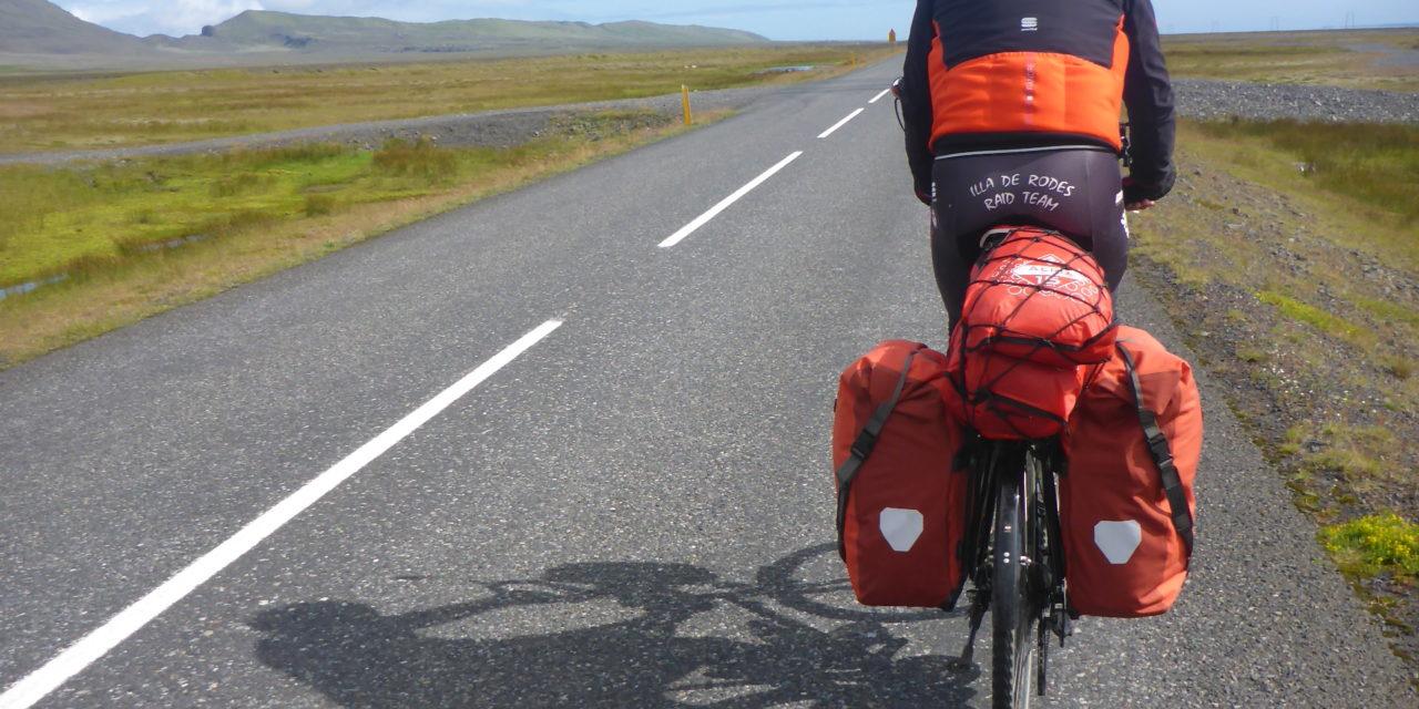 """La pel·lícula:""""La Volta a Islàndia en Bicicleta"""""""